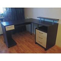 Компьютерный угловой стол на заказ по индивидуальным размера.