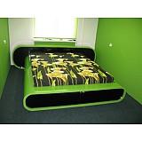 Кровать из пластика